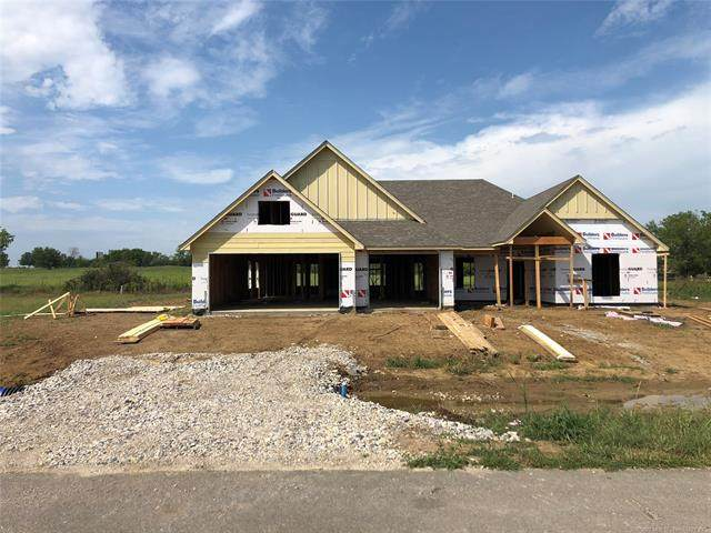 14306 N 54th Avenue E, Collinsville, OK 74021 (MLS #2034125) :: Active Real Estate
