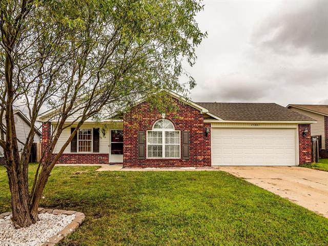 25881 E 90th Place S, Broken Arrow, OK 74014 (MLS #2034261) :: Hopper Group at RE/MAX Results
