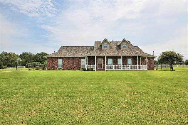 5705 S 130th West Avenue, Sand Springs, OK 74063 (MLS #2034264) :: Active Real Estate