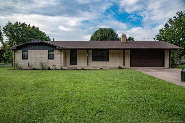 1000 W Elm Street, Stilwell, OK 74960 (MLS #2034317) :: Hopper Group at RE/MAX Results