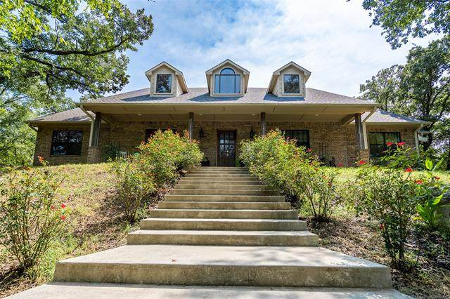 701 Young Road, Lone Grove, OK 73443 (MLS #2034510) :: Hopper Group at RE/MAX Results