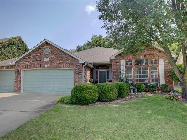305 N Magnolia Avenue, Broken Arrow, OK 74012 (MLS #2034525) :: Active Real Estate