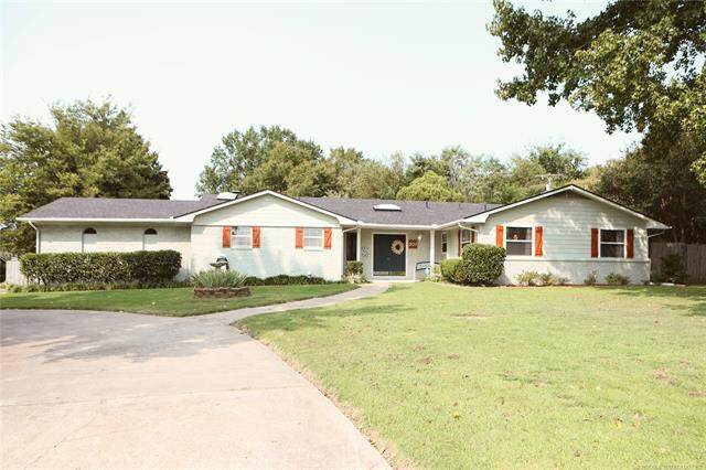 301 Honor Heights Drive, Muskogee, OK 74401 (MLS #2034716) :: Active Real Estate