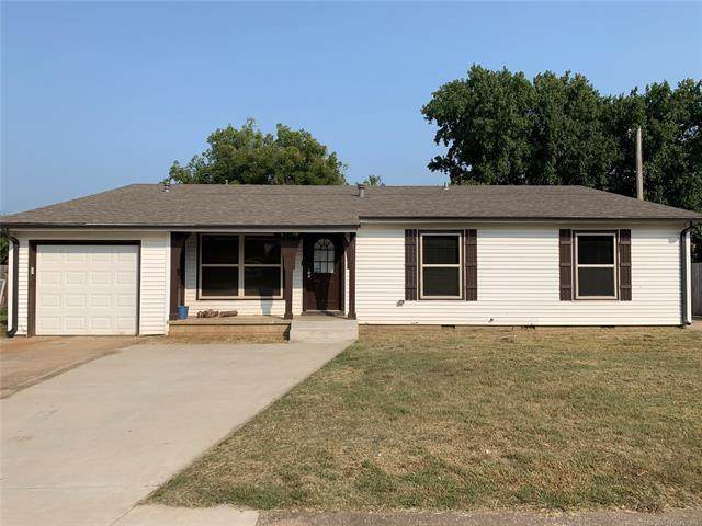 1114 Oklahoma Place, Claremore, OK 74017 (MLS #2034762) :: Active Real Estate