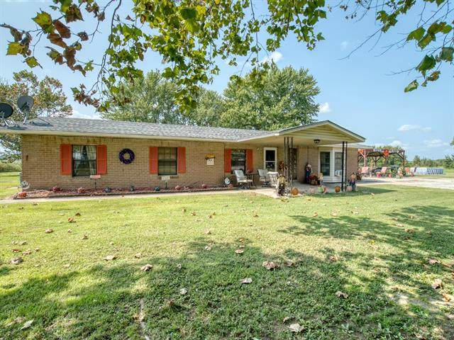 10006 N Hoyt Road, Whitefield, OK 74472 (MLS #2034874) :: Hopper Group at RE/MAX Results