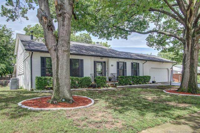 6128 S Kingston Avenue, Tulsa, OK 74136 (MLS #2034931) :: Hopper Group at RE/MAX Results