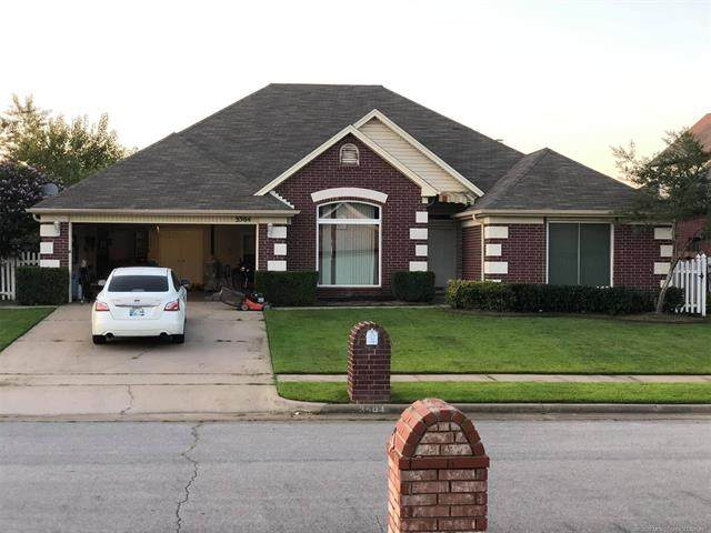 3504 E Nashville Street, Broken Arrow, OK 74014 (MLS #2035181) :: 918HomeTeam - KW Realty Preferred