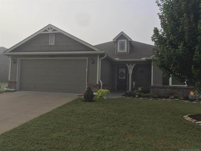 12016 E 109th Street North, Owasso, OK 74055 (MLS #2035231) :: Hopper Group at RE/MAX Results
