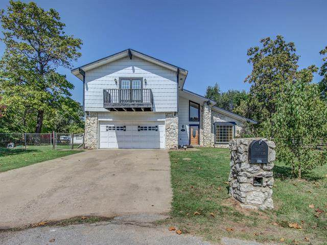 1306 S 214th West Avenue, Sand Springs, OK 74063 (MLS #2035260) :: 918HomeTeam - KW Realty Preferred