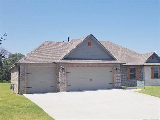 3056 Hilltop Drive, Catoosa, OK 74015 (MLS #2035540) :: Hometown Home & Ranch