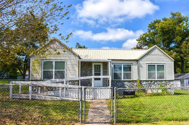 1009 S Johnston, Ada, OK 74820 (MLS #2035673) :: Hopper Group at RE/MAX Results