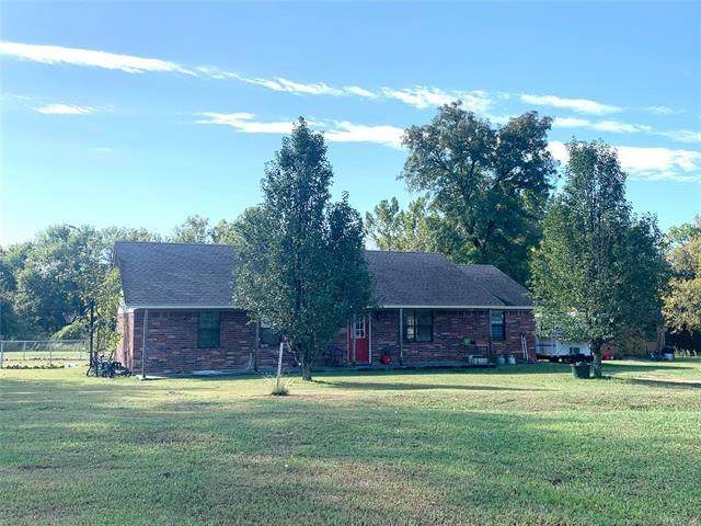 608 S E-Z Street, Whitefield, OK 74472 (MLS #2035720) :: RE/MAX T-town