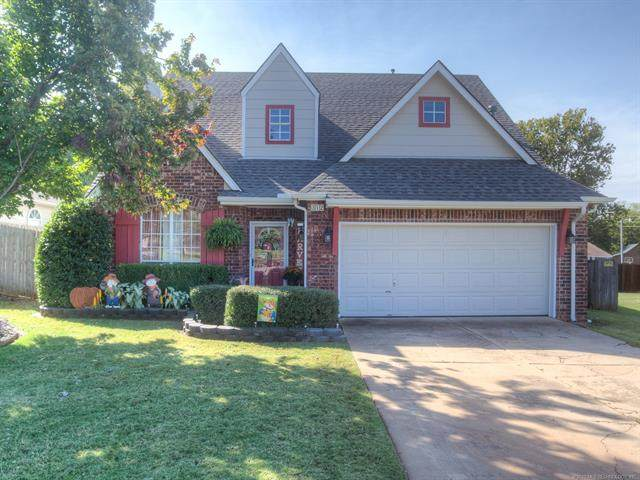 312 W 37th Place, Sand Springs, OK 74063 (MLS #2035780) :: RE/MAX T-town
