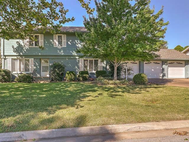 3726 S Darlington Avenue, Tulsa, OK 74135 (MLS #2035856) :: Hometown Home & Ranch