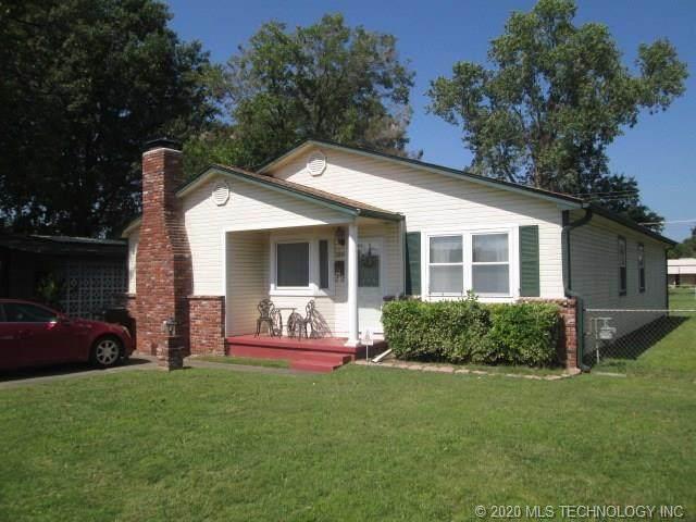 2410 Irving Street, Muskogee, OK 74403 (MLS #2035957) :: 918HomeTeam - KW Realty Preferred