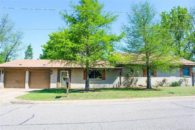 1802 Olive Street, Durant, OK 74701 (MLS #2036117) :: Hometown Home & Ranch