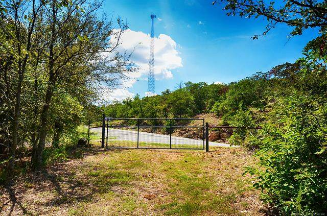 Hwy 82, Vian, OK 74962 (MLS #2036179) :: Hometown Home & Ranch
