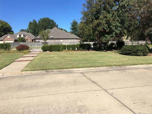 3404 Park Place North, Muskogee, OK 74403 (MLS #2036303) :: Hopper Group at RE/MAX Results