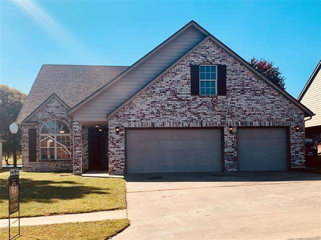 14264 N 106th East Avenue, Collinsville, OK 74021 (MLS #2036437) :: Hometown Home & Ranch