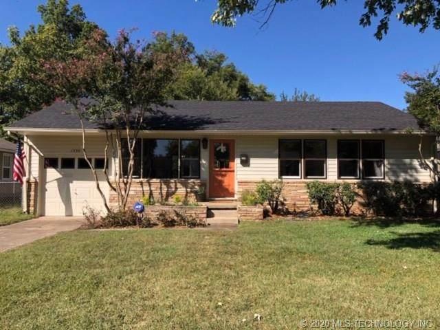 1539 E 49th Street, Tulsa, OK 74105 (MLS #2036492) :: 918HomeTeam - KW Realty Preferred