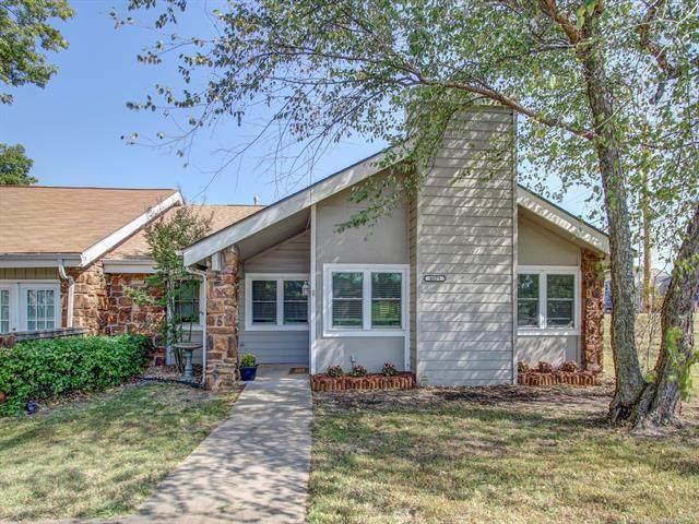 8023 S 77th East Avenue, Tulsa, OK 74133 (MLS #2036581) :: 918HomeTeam - KW Realty Preferred