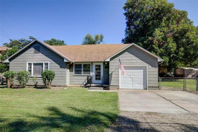 5323 S Quincy Avenue, Tulsa, OK 74105 (MLS #2036630) :: Hometown Home & Ranch