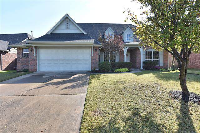 11717 S Vine Street, Jenks, OK 74037 (MLS #2036732) :: RE/MAX T-town