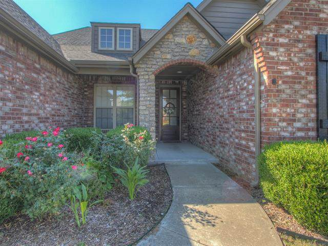 3614 W 107th Court S, Jenks, OK 74037 (MLS #2036748) :: Hometown Home & Ranch