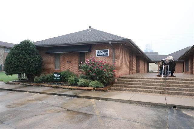 515 SE Delaware Avenue, Bartlesville, OK 74003 (MLS #2036753) :: RE/MAX T-town