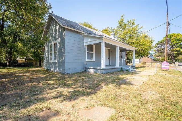 45 E NE, Ardmore, OK 73401 (MLS #2036900) :: Active Real Estate