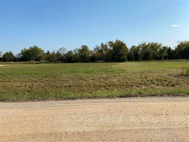 White Drive, Mead, OK 73449 (MLS #2036942) :: RE/MAX T-town