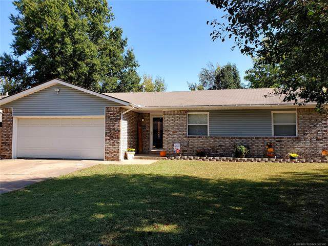 13523 S Hickory Place, Glenpool, OK 74033 (MLS #2037257) :: RE/MAX T-town