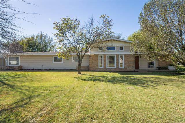 11720 N 190th East Avenue, Collinsville, OK 74021 (MLS #2037353) :: Hometown Home & Ranch
