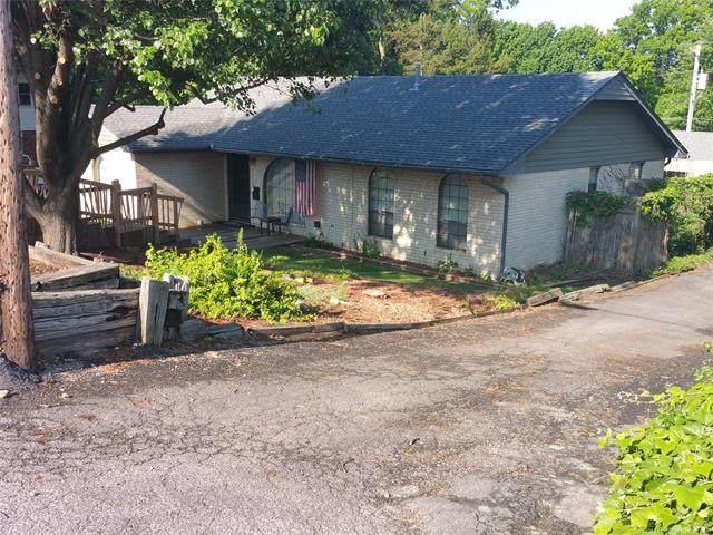 1317 6th Street, Pawnee, OK 74058 (MLS #2037356) :: Hometown Home & Ranch