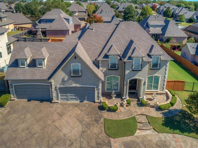 11261 S 72nd East Place, Bixby, OK 74008 (MLS #2037403) :: RE/MAX T-town