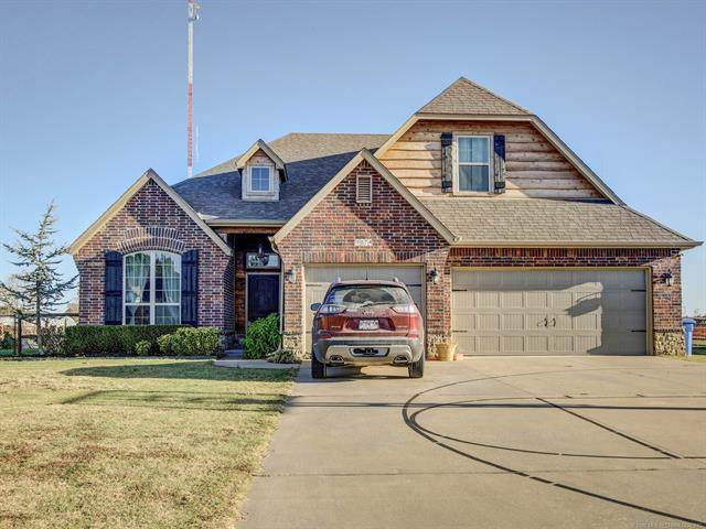 9874 Wind Ridge Drive, Sand Springs, OK 74063 (MLS #2037463) :: Active Real Estate