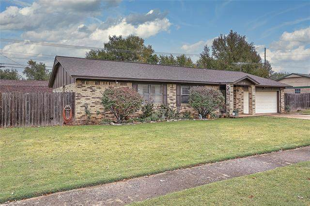 4905 S Spruce Drive, Sand Springs, OK 74063 (MLS #2037509) :: RE/MAX T-town