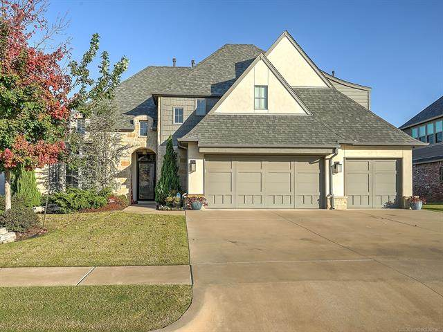 221 W 128th Place S, Jenks, OK 74037 (MLS #2037574) :: Hometown Home & Ranch