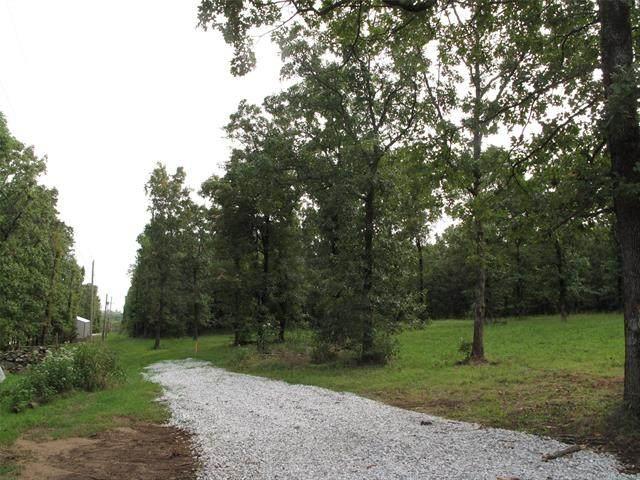1 W 948 Road, Vian, OK 74962 (MLS #2037700) :: Hometown Home & Ranch