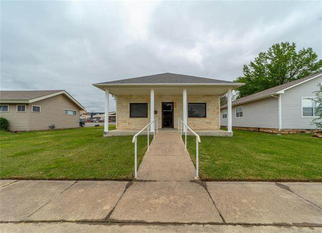 407 E Cherokee, Mcalester, OK 74501 (MLS #2037785) :: Hopper Group at RE/MAX Results