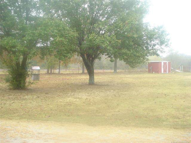 West Road, Eufaula, OK 74432 (MLS #2037788) :: RE/MAX T-town