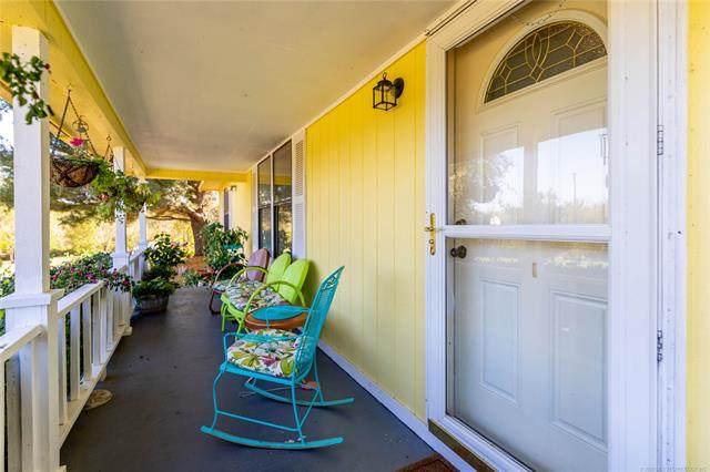 14502 E Lake Drive, Claremore, OK 74017 (MLS #2037795) :: Hometown Home & Ranch