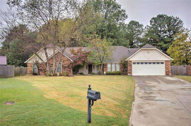 501 Hilltop Place, Muskogee, OK 74403 (MLS #2037917) :: 580 Realty