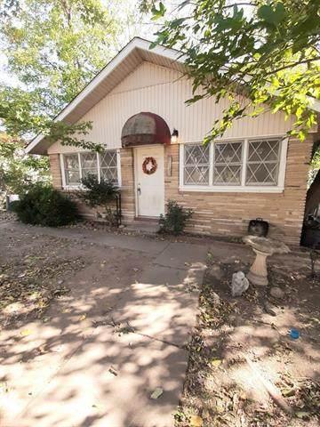 515 N Mckinley Avenue, Sand Springs, OK 74063 (MLS #2037940) :: RE/MAX T-town