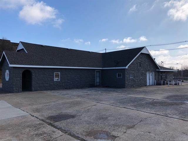 205 W Broadway Street, Cushing, OK 74023 (MLS #2038039) :: Hopper Group at RE/MAX Results