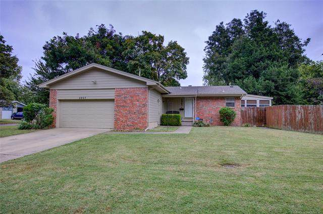 5907 Rockford Avenue, Tulsa, OK 74105 (MLS #2038093) :: 580 Realty