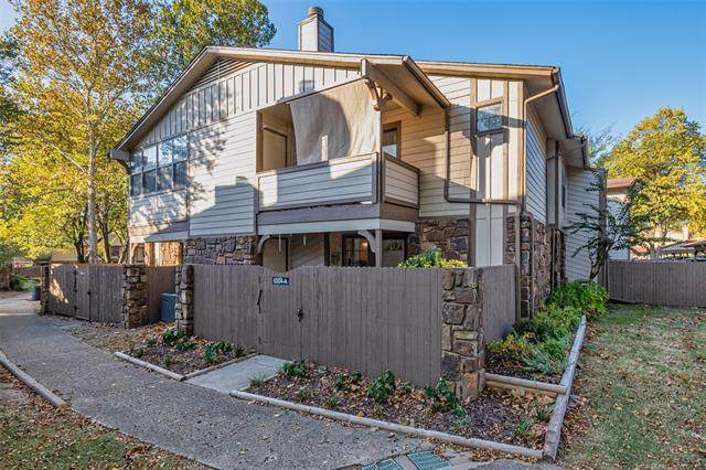 6504 S Memorial Drive 12-A, Tulsa, OK 74133 (MLS #2038123) :: 918HomeTeam - KW Realty Preferred