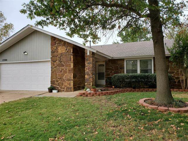 2300 E Wichita Street, Broken Arrow, OK 74012 (MLS #2038201) :: RE/MAX T-town