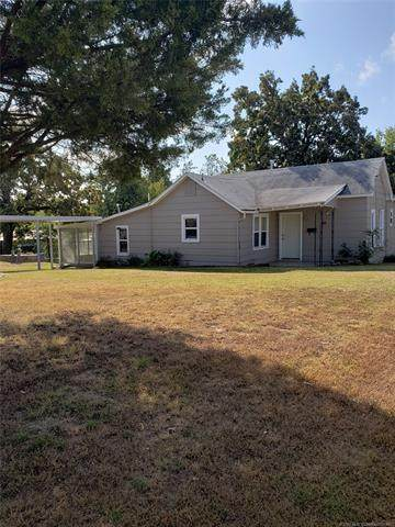 300 E Polk Avenue, Mcalester, OK 74501 (MLS #2038295) :: 580 Realty