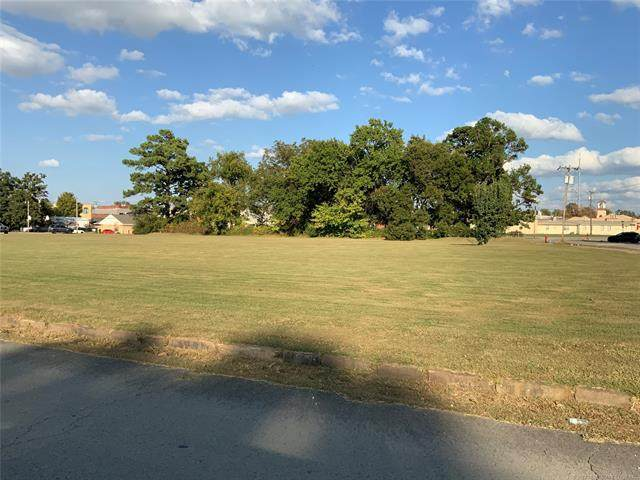 210 High Street, Eufaula, OK 74432 (MLS #2038363) :: Active Real Estate